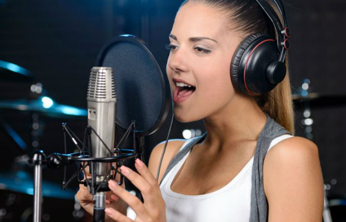 vocal-lessons-img